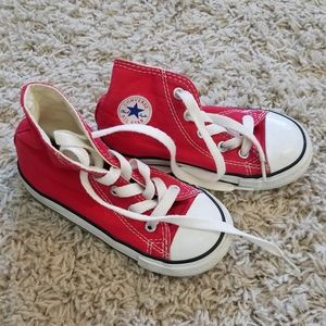 CONVERSE sneakers ❤